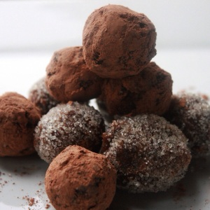 Tangy Sweet 'N Sour Tamarind Balls. Luxury raw treats.