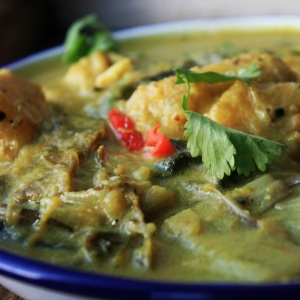 Banana Curry. Quick easy curry using seasonal vegetables.